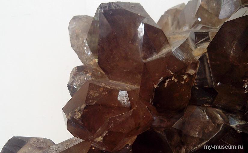 Волшебный минералогический музей